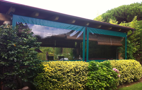 1010 - 1011  Vertical Awning