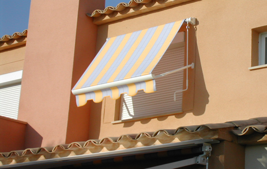 1031 Straight Point Awning
