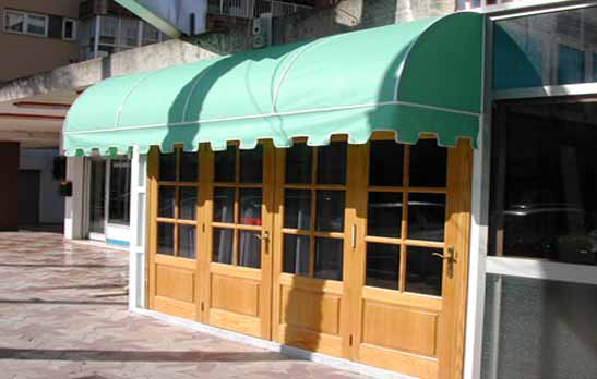 7020 Awning canopy